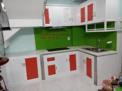 Tủ bếp nhôm kính siêu bền tai tphcm