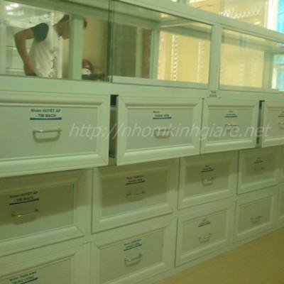 Chuyên đóng tủ thuốc tây mẫu quầy thiết kế ĐẸP đạt chuẩn GPP