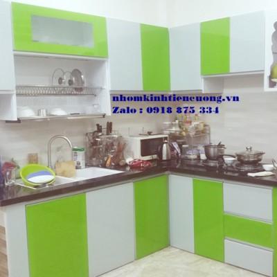 Tủ bếp nhôm kính cao cấp TpHCM mẫu sơn tĩnh điện thiết kế ĐẸP